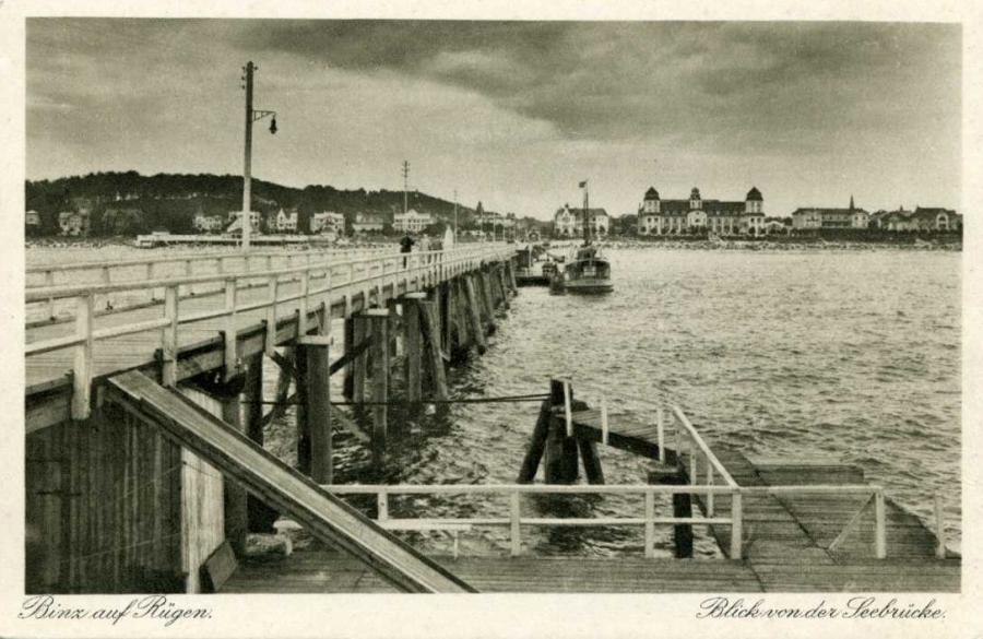13 Binz Blick von der Seebrücke