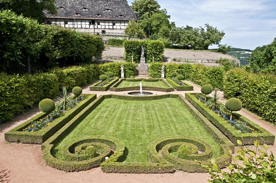 Barockgarten am Rokokoschlösschen, Foto: Zacke82/Wikipedia