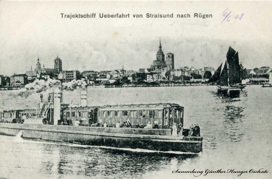 Trajektschiff Ueberfahrt von Stralsund nach Rügen