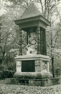 18 Denkmal 1968
