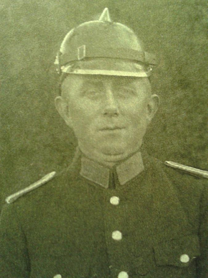 1937 Heinrich Kiehn jin. 3.Wehrführer
