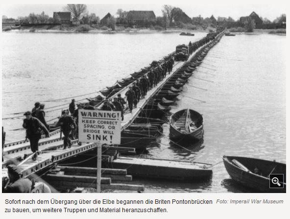 1945 Pontonbrücke nach Lauenburg