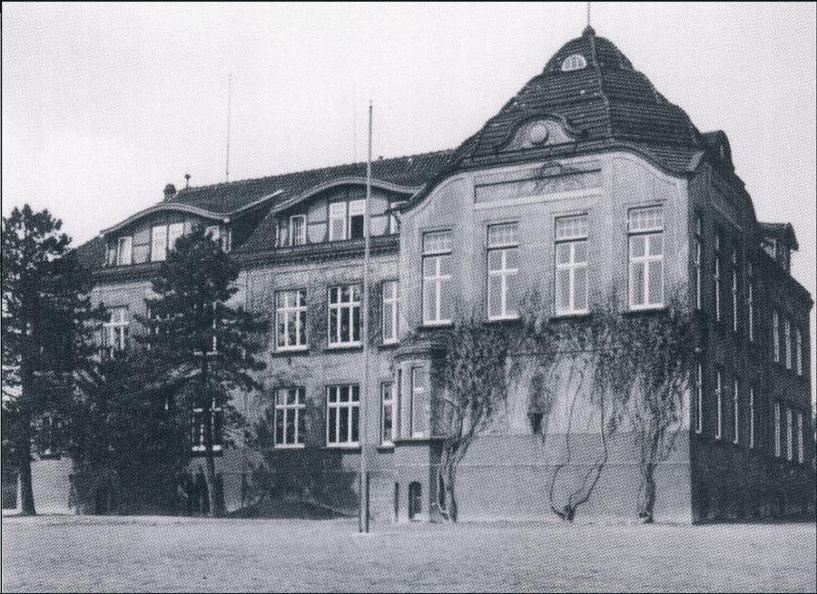 Schulgebäude 1955