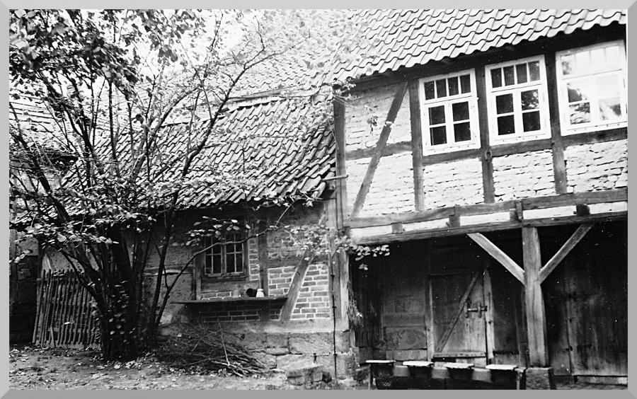 Backhaus 1957 im Hinterhof Tiestr. 16