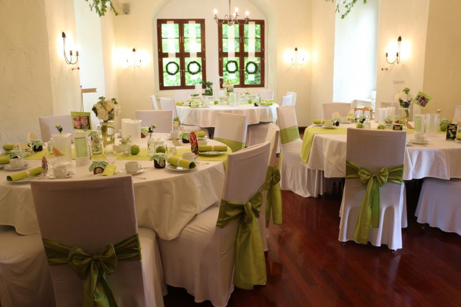 Festtafel im grünen Salon
