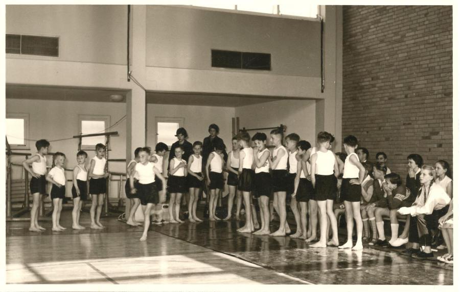 Einweihung der kleinen Turnhalle (20.05.1960)