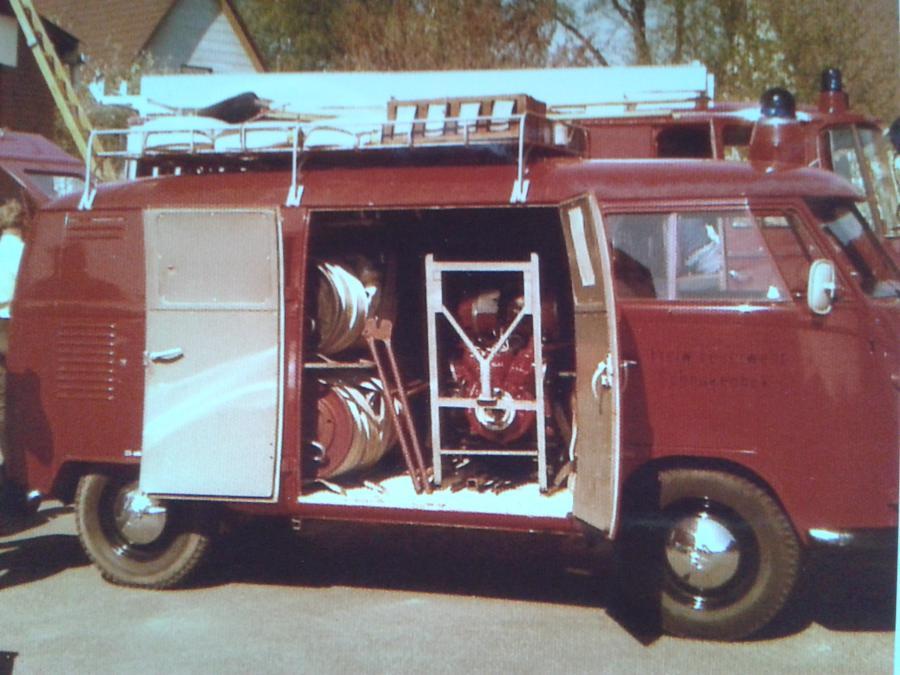 1980 Restaurierung TSF VW-Bus 2