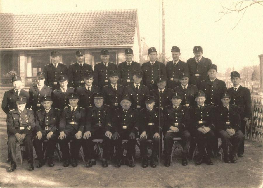 1965 Gruppenbild 75 Jahre FF