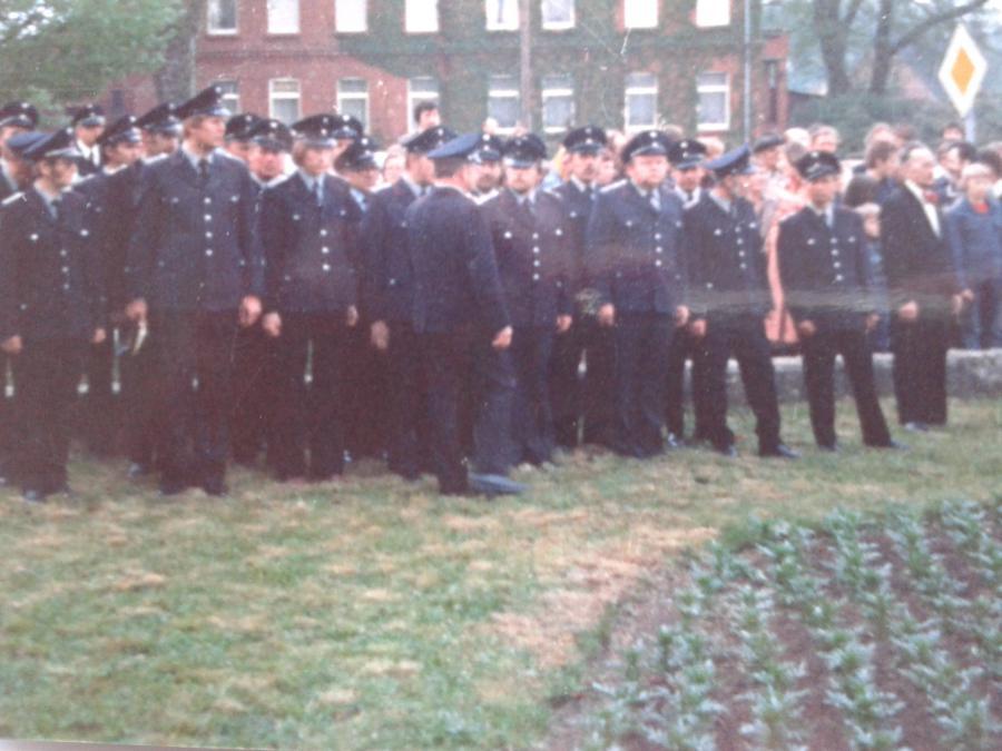 1978 Kranzniederlegung am Ehrenmal