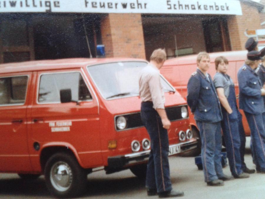 1985 neuer Manschaftstransportwagen (MTW)