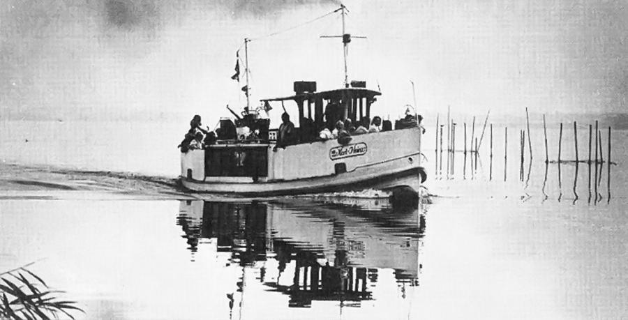 """Das Fahrgastschiff """"Karl-Heinz"""""""