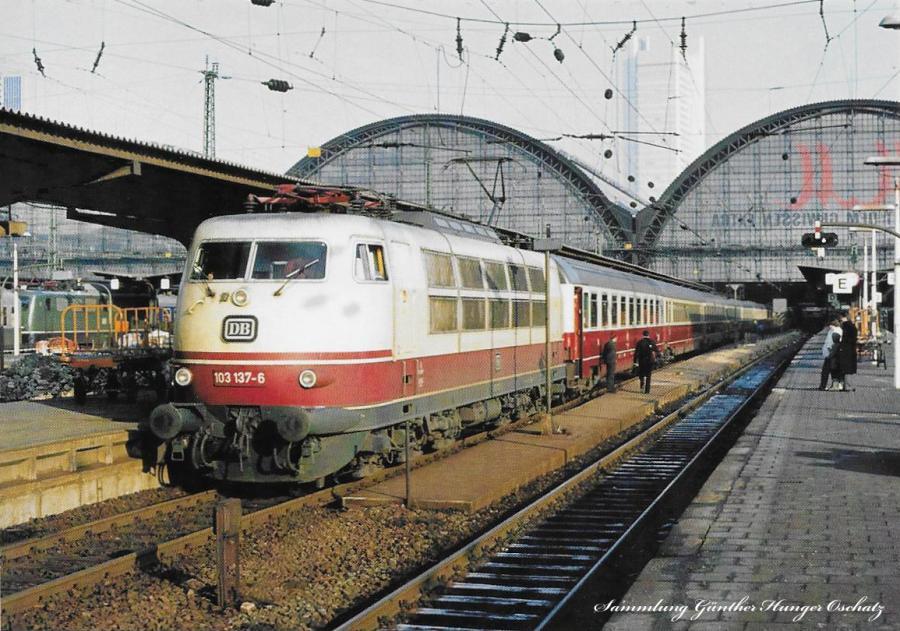 103 137 (DB) mit IC175 Frankfurt/Mainz Hbf