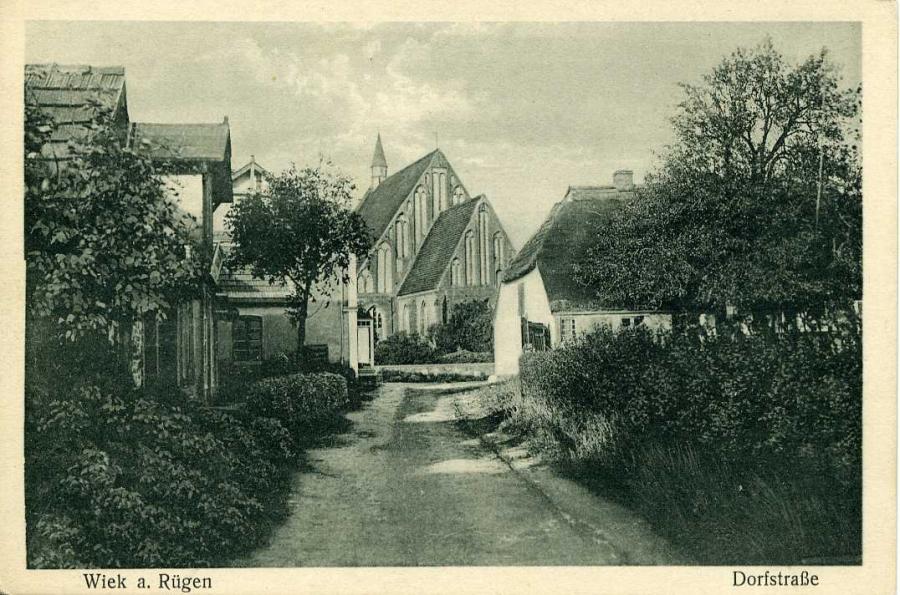 Wiek a. Rügen Dorfstraße