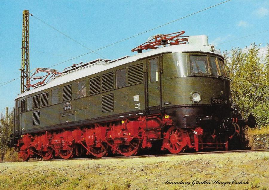 100 Jahre E-Lok Verkehrsmuseum Dresden  Elektrische Schnellzuglokomotive der Baureihe 218 (früher E 18)