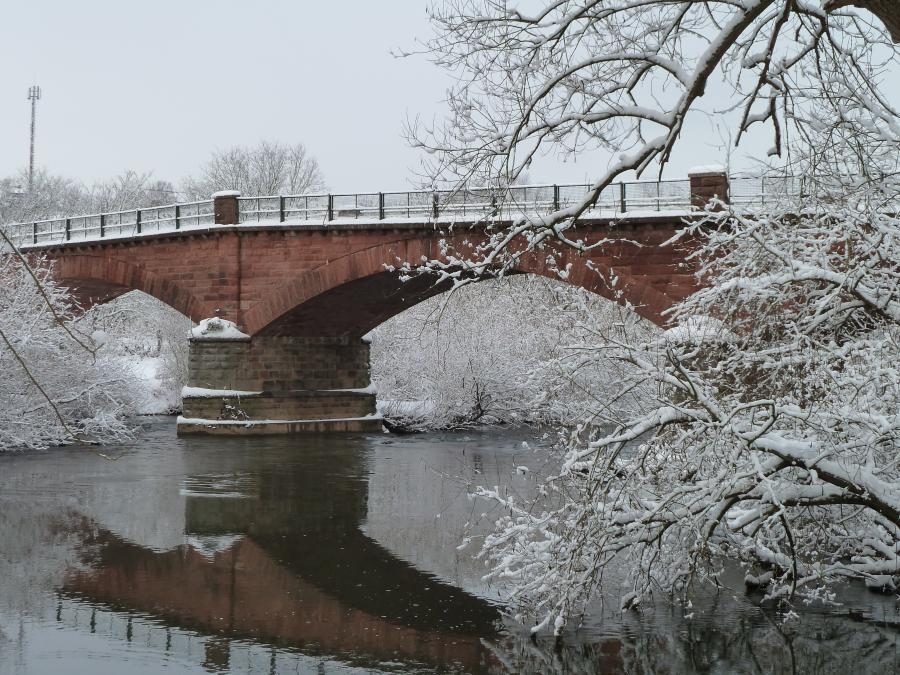 Winterimpressionen an der Fuldabrücke in Friedlos