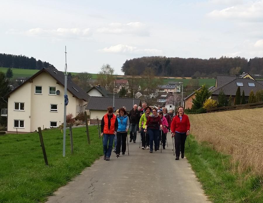 Wandern am Planetenlehrpfad in der 3 Kastelle Region bei Bettendorf