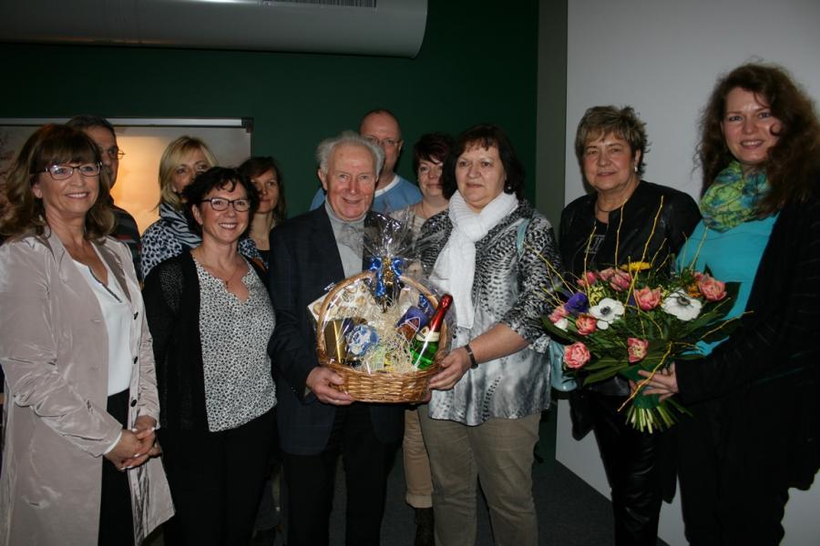 Sigmund Jähn mit Lehrerkollegium