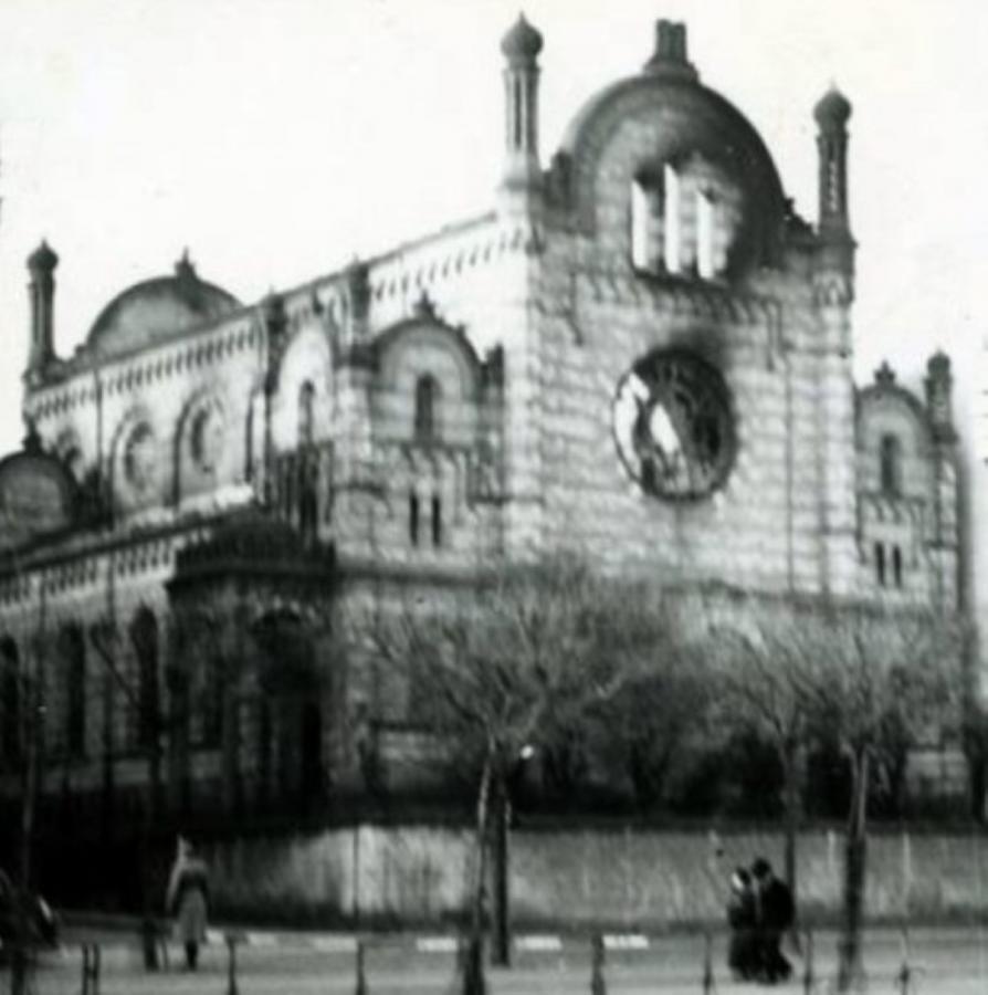 Abgebrannte Synagoge