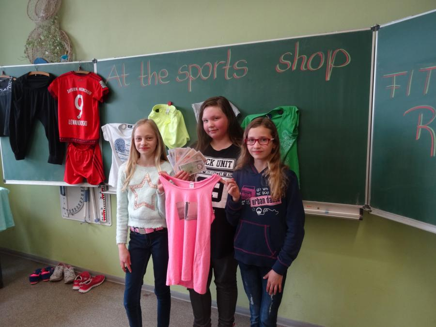 At the Sports Shop Klasse 5b