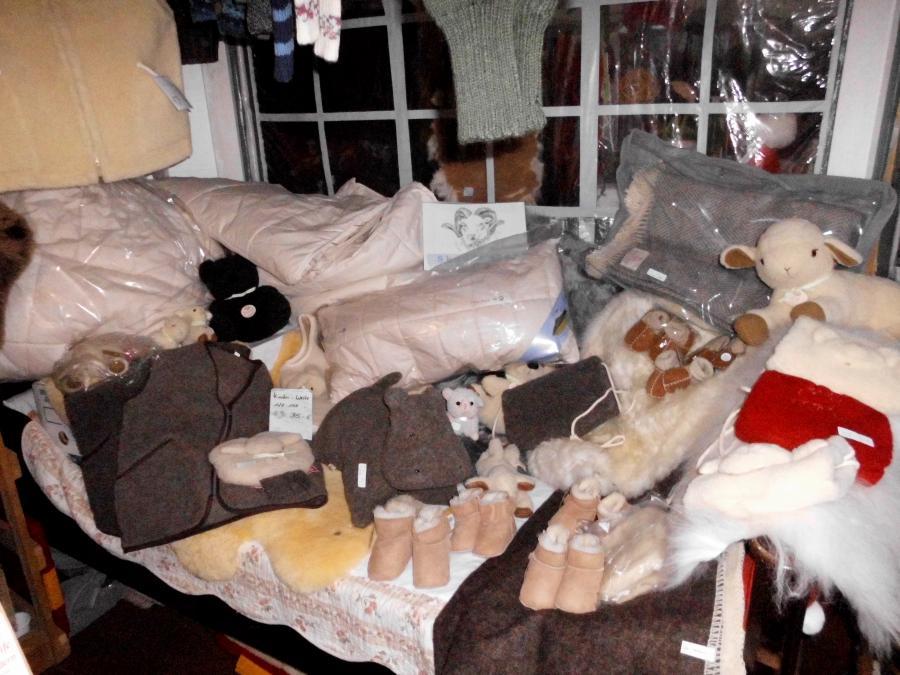 Schaffelle, Decken, Kissen und mehr