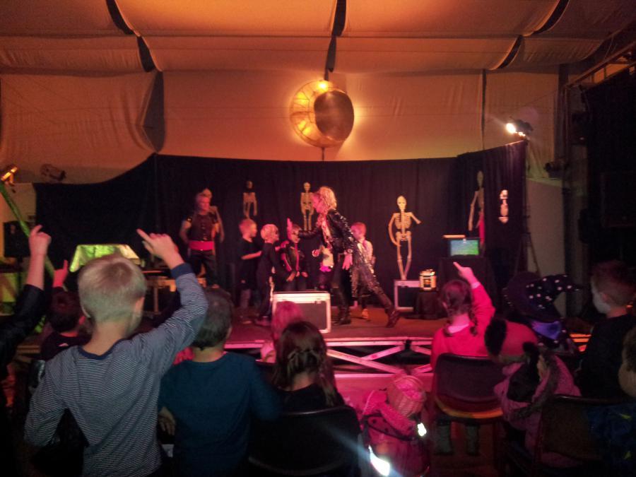 Halloween-Show in der KuGi