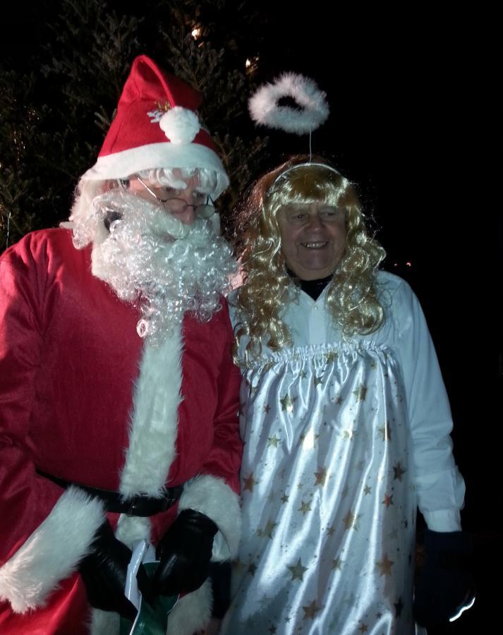 Weihnachtsmann und Enbel