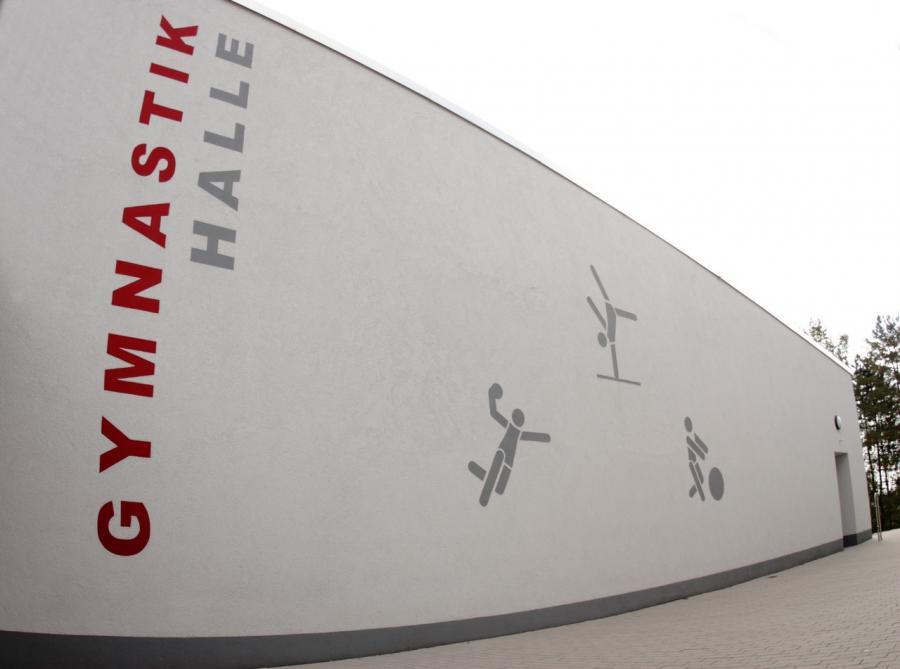 Fassadengestaltung Gymnastikhalle