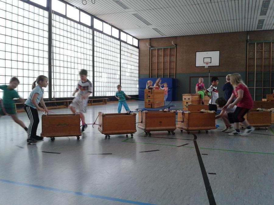 Rollbretter im Sportunterricht - Das macht Spass! 2