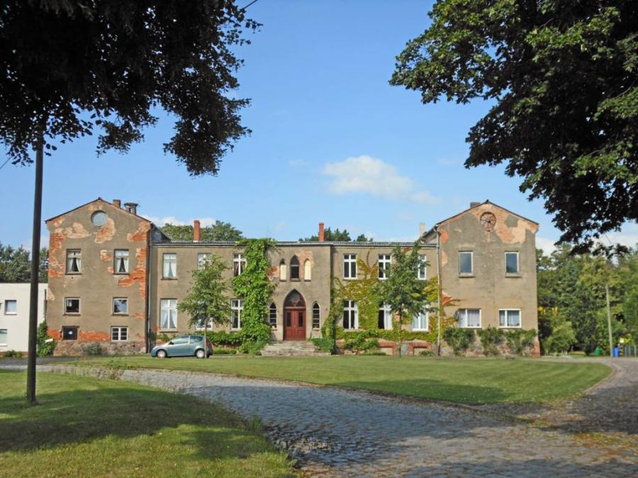 Das frühere Gutshaus in Schwarzenhof