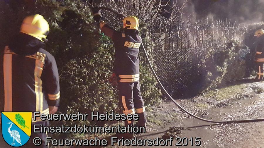 Einsatz 176/2015 | Brennende Hecke | Friedrichshof 31.12.2015