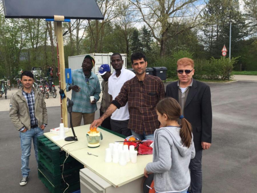20160419_Solarwerkbank Demo im Multikulti