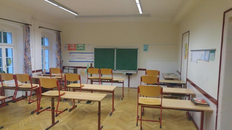 Klassenraum 4 Bild 1