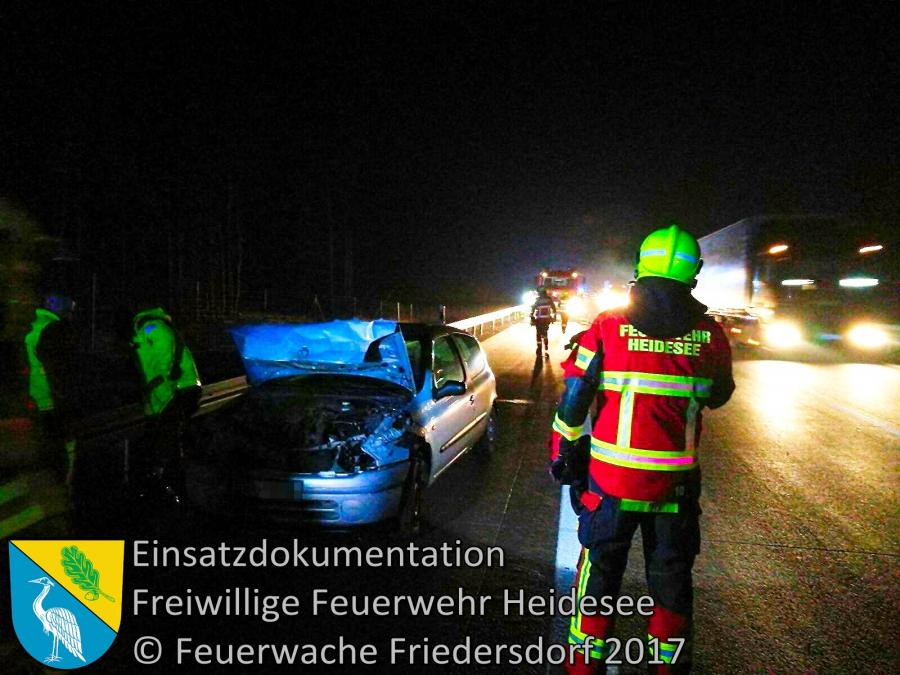 Einsatz 6/2017 | PKW in Leitplanke | BAB 12 AD Spreeau 21.01.2017
