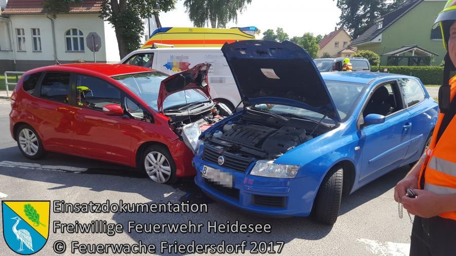 Einsatz 96/2017 | VU 2x PKW | Friedersdorf Berliner Straße X Weg zur Mühle | 07.07.2017