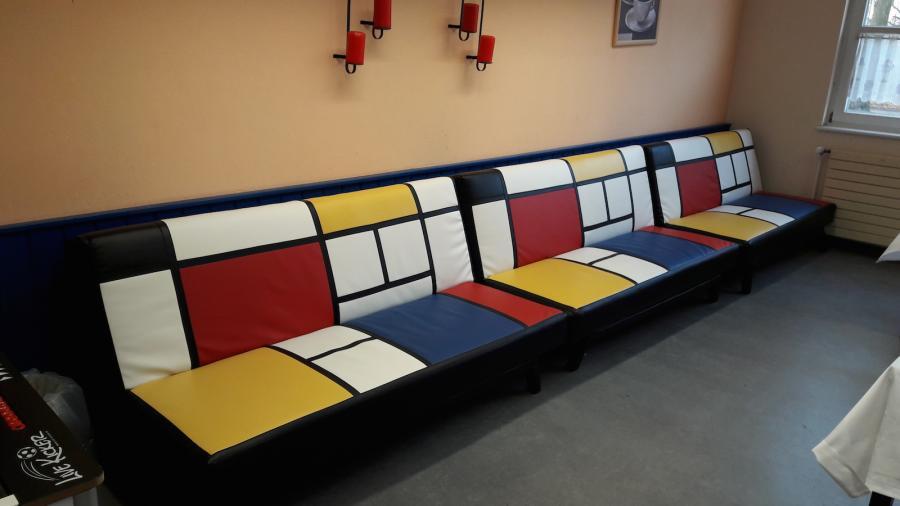 Wow, neue Sitzmöbel im Café