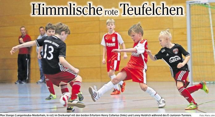 20170218_OVZ_Fussball Lok Nachwuchsturnier Himmlische rote Teufelchen Bild