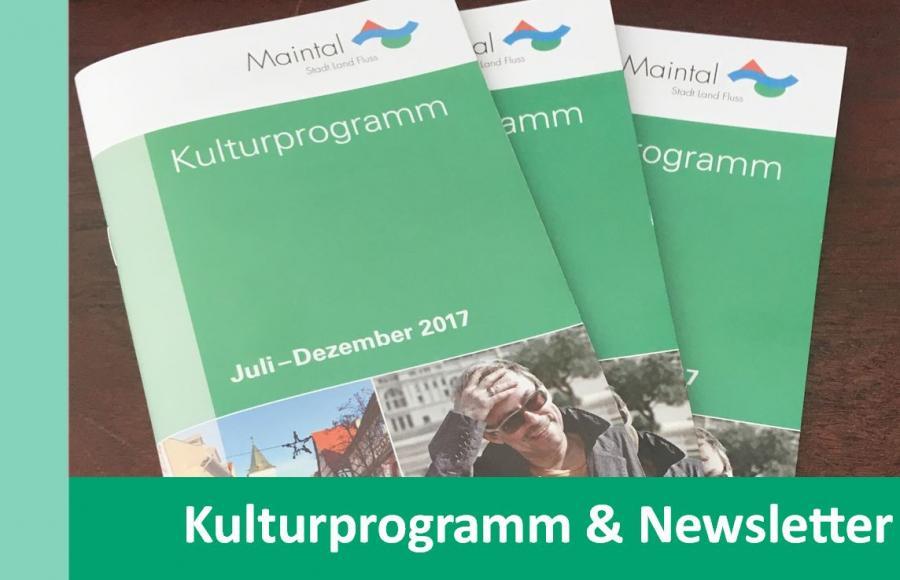 Link zu Kulturprogramm & Newsletter; Bild zeigt drei Kulturprogramm-Hefte