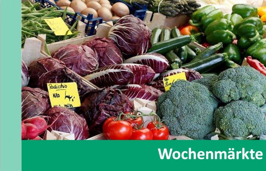 Link zu Wochenmärkte; Bild zeigt verschiedene Gemüsesorten eines Marktstandes