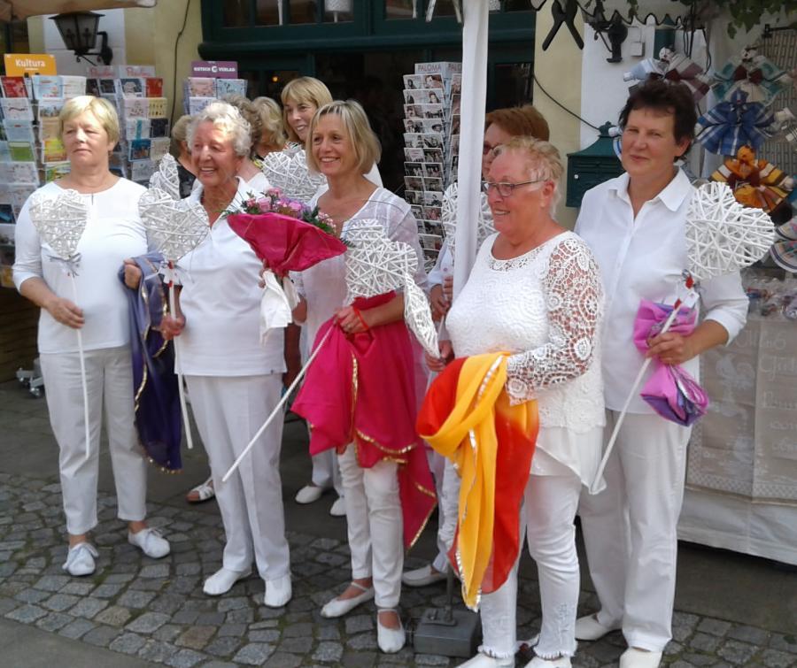 """""""Birgit`s Golden Girls"""" beim Historischen Markt 2017"""