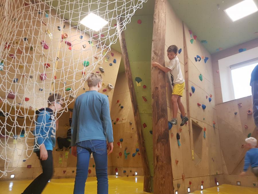 Klettern in der Kletterhalle Wiesenburg