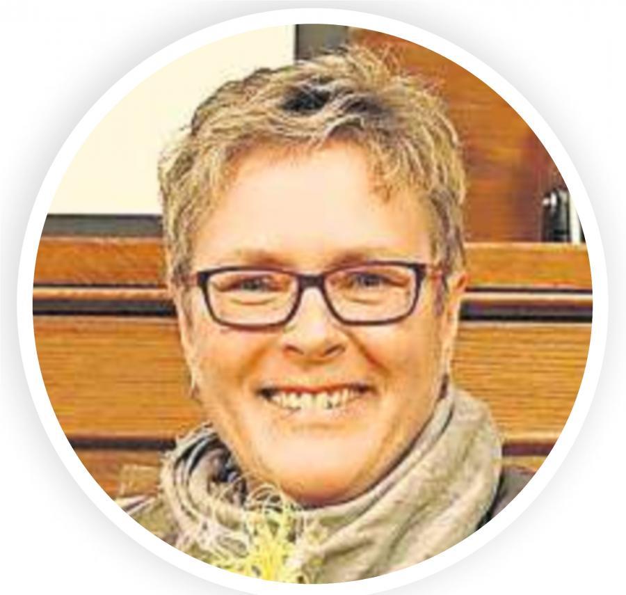 20171026_OVZ_Verein Goldene Ehrennadel des Landkreises für Angela Schüngel Bild 1