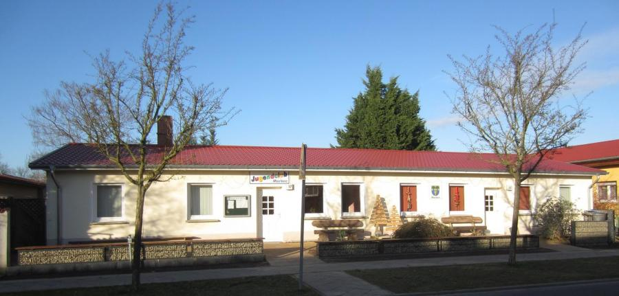 Dorfgemeinschaftshaus Markee