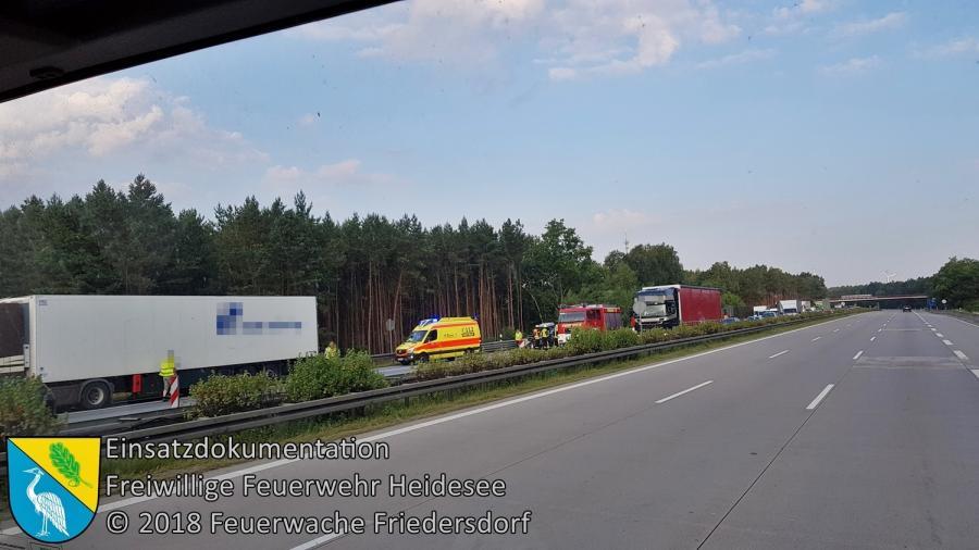 Einsatz 86/2018 | VU PKW auf LKW | BAB 10 AS Niederlehme - AD Spreeau | 14.07.2018