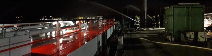 2018-09-25 Feuer Tankschiff 1
