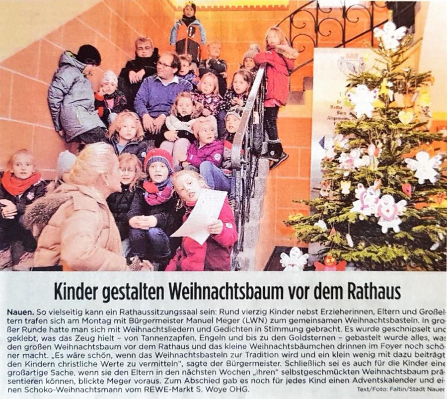 2018.12. Presse Weihnachtsbaum Rathaus