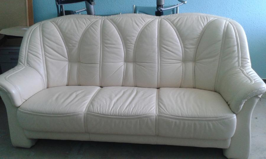 weißer 3 Sitzer