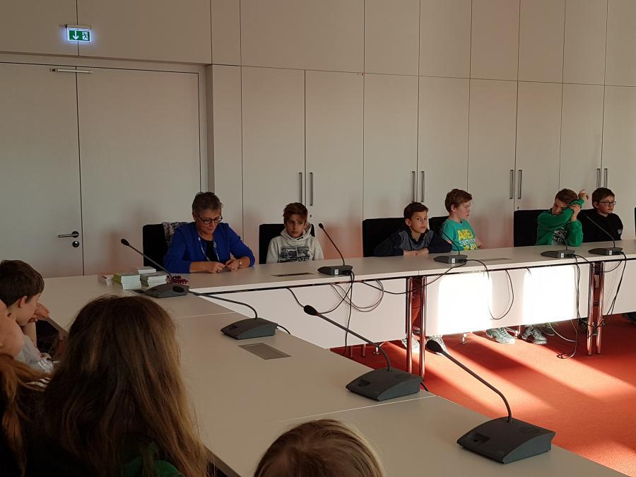 Landtag 10