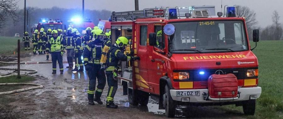 2019-03-27 Gebäudebrand Papenkamp 2