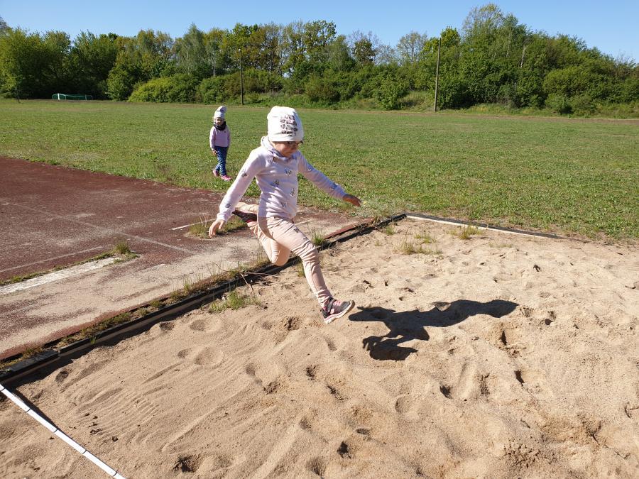 Sport auf dem Gemeindesportplatz