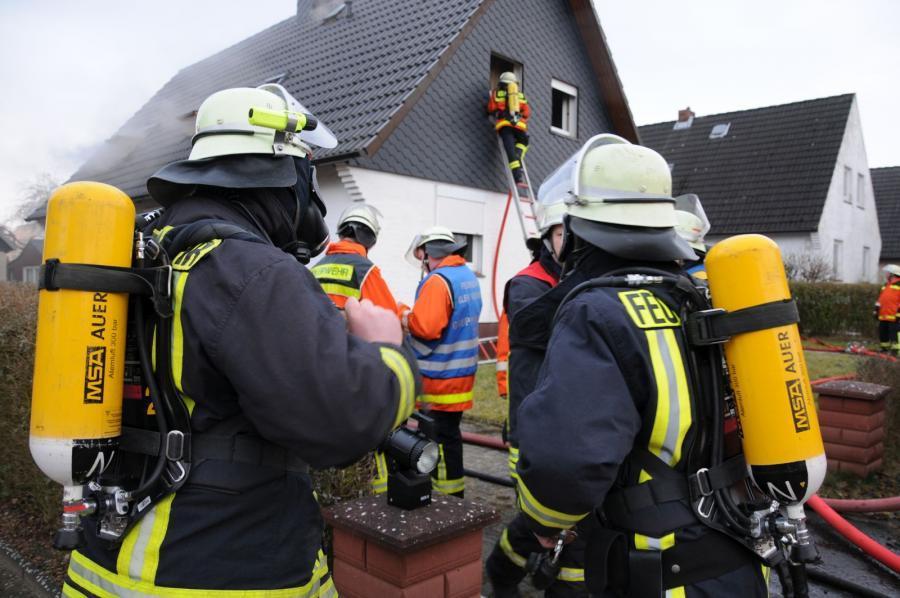 Einsatz bei einem Wohnungsbrand in Klein Nordende